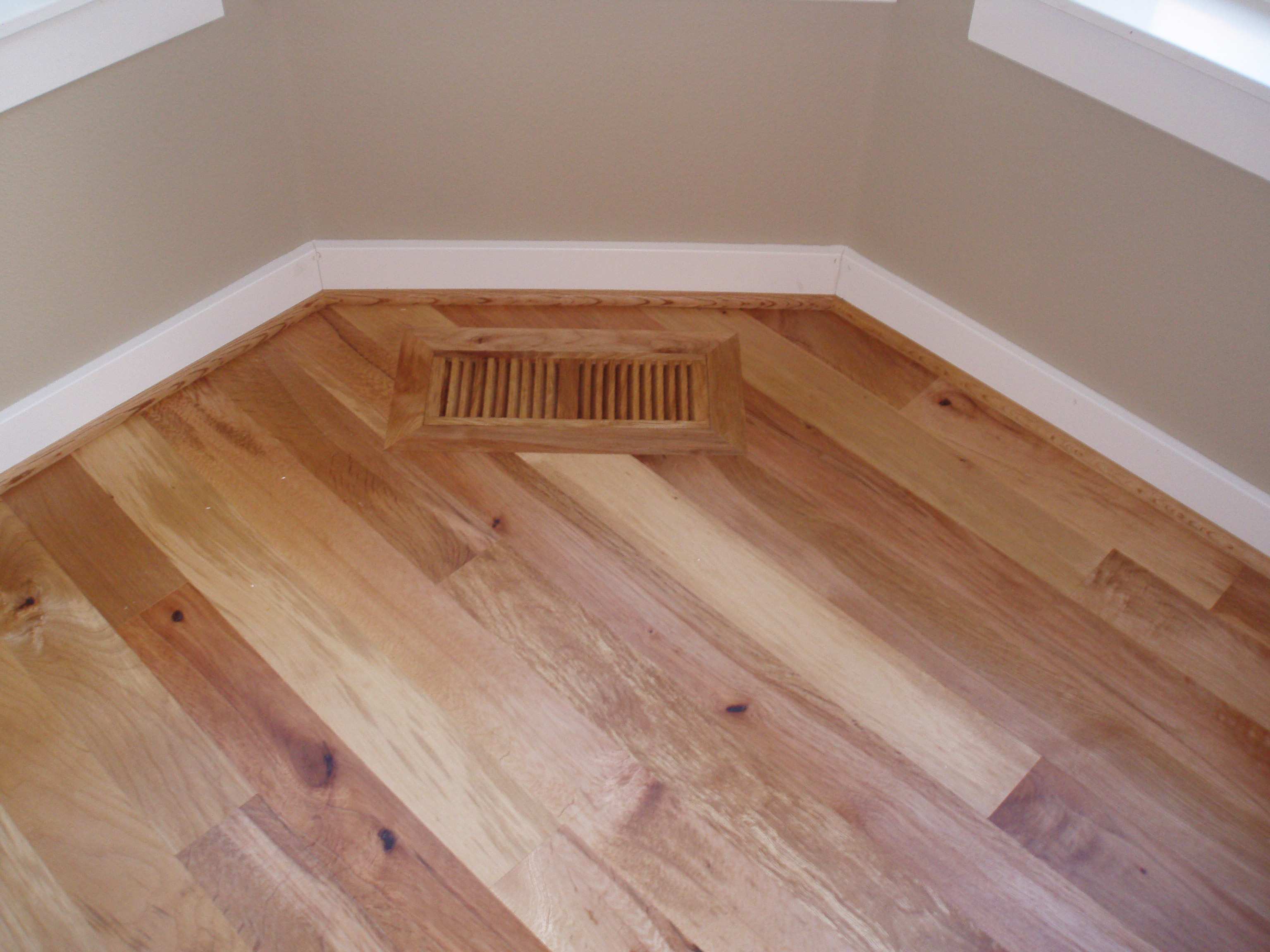 wood cec beige floors hn lg rs hardwood light hickory borders engineered natural floor flooring